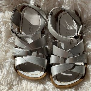 Salt Water Silver Sandals - Size 7c